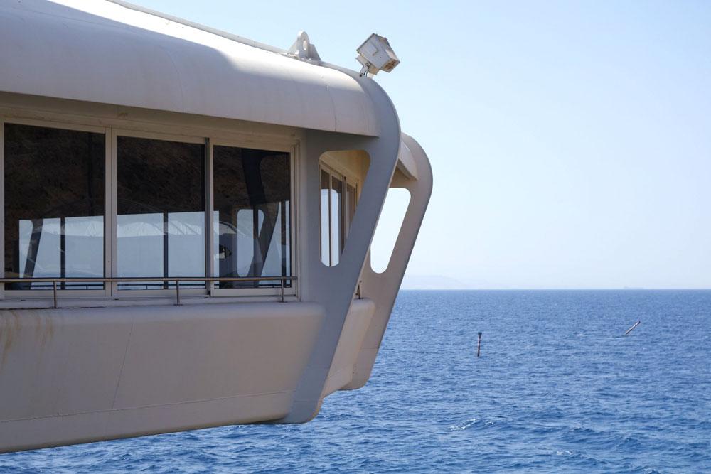 כל אחד מזהה אותו מיד: המצפה התת-ימי הוא אייקון שמזוהה עם אילת, ומככב על שורה של מזכרות. הבריכה החדשה לא תהיה כזו כנראה (צילום: מיכאל יעקובסון)