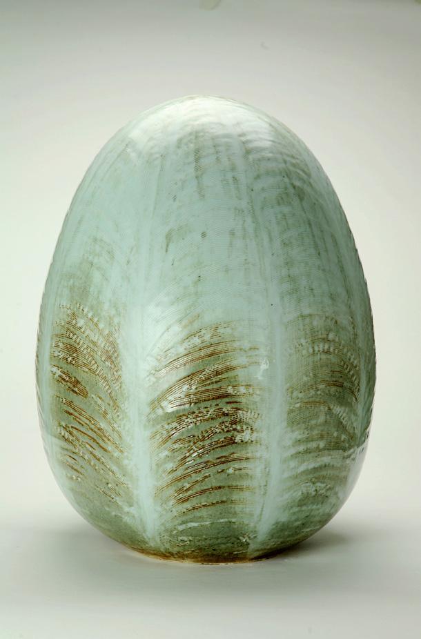 ''ביצת במבוק'' של מרתה ריגר, שגובהה מטר וקוטרה 70 ס''מ (באדיבות ''יריד צבע טרי 7'')
