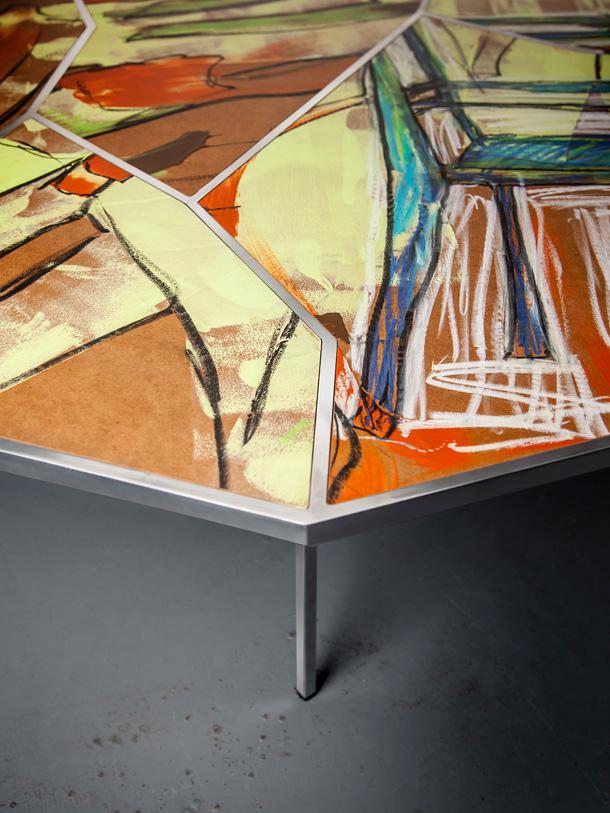 שולחן מקולקציית ''Street capture'', של אריאל צוקרמן וערן שמשוביץ (באדיבות ''יריד צבע טרי 7'')