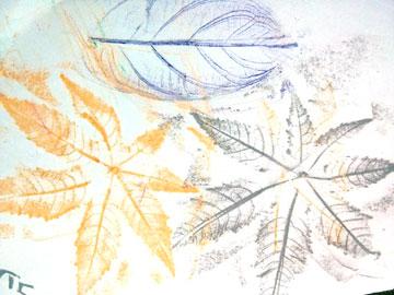 חותמות באווירת הסתיו מעלים  (צילום: ענבל ישראל - כשיצירה פוגשת במדע)