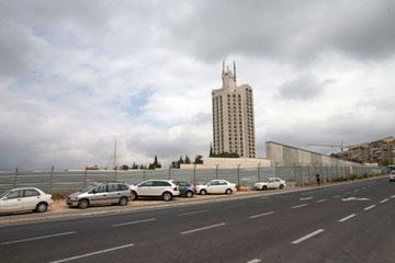 כאן יקום מתחם ראש הממשלה, בקרית הלאום בירושלים (צילום: אוהד צויגנברג)