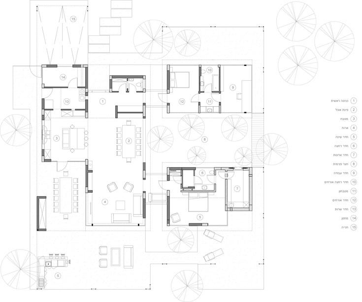 תוכנית הבית: 3 אגפים שפונים לחצר פנימית (אדריכל רוני פרידמן)