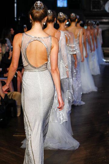 """""""אני מרגיש שזה היתרון שלי כמעצב כאן – אני עושה אופנה, ואני מציע את אפקט ה'וואו'"""". התצוגה של אלון ליבנה"""