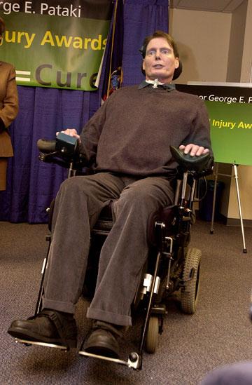 סיים את חייו על כסא גלגלים. כריסטופר ריב (צילום: gettyimages)