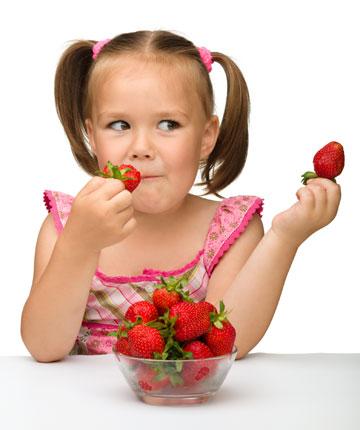 בישראל הצבע האדום מקושר עם תותים (צילום: shutterstock)