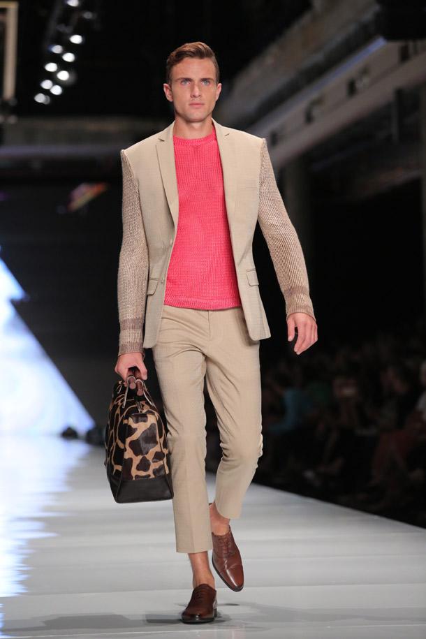 חליפות מכנסיים לנשים ולגברים. שי שלום (צילום: אורית פניני)