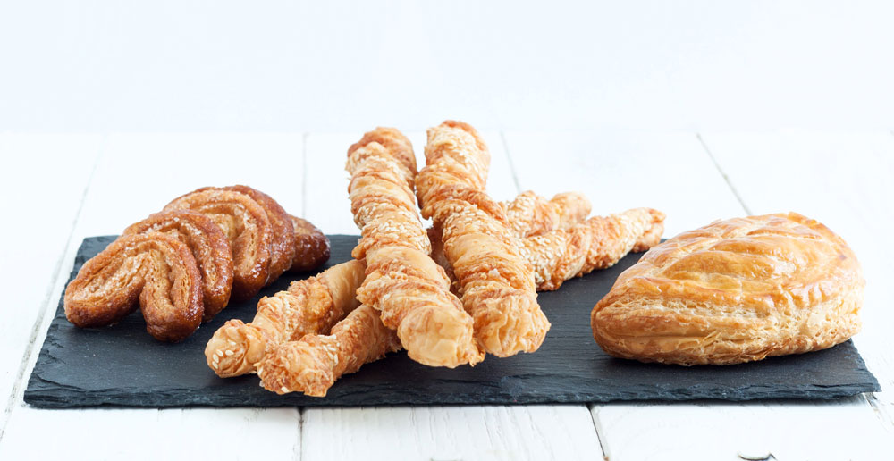 מעוגיות ועד מקלות מלוחים - הכל טעים יותר עם בצק עלים ביתי (צילום: אולגה טוכשר)