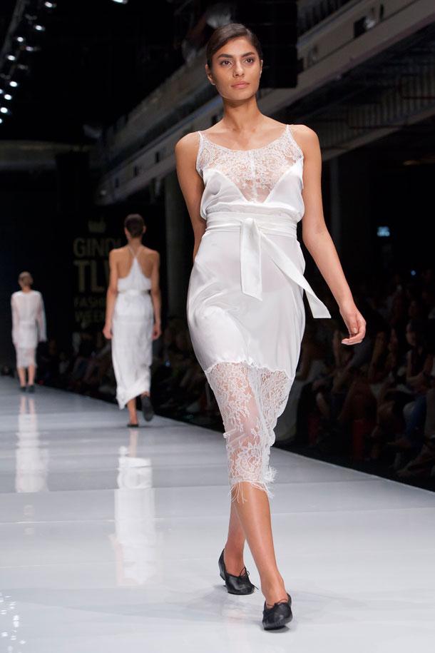 הדוגמנית שני זיגרון בתצוגת האופנה של עידן לרוס (צילום: ענבל מרמרי)
