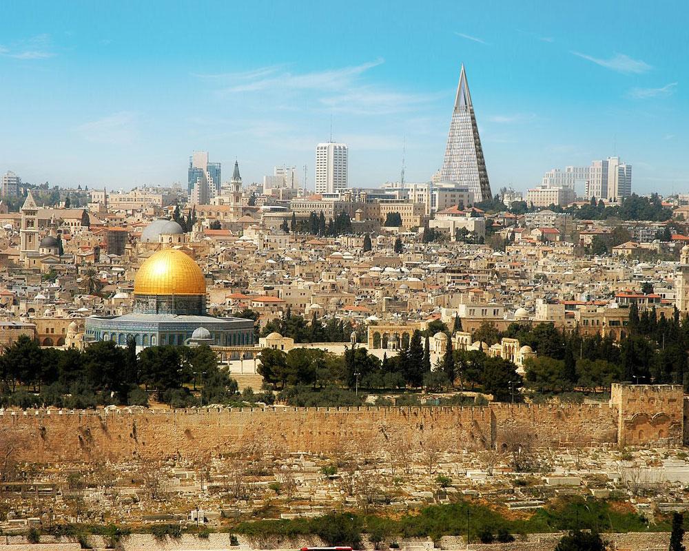 הר הבית כבר לא יהיה האייקון הבולט בנוף ירושלים. אחרי אלפי שנים, דניאל ליבסקינד גובר עליו (הדמיה: עמותת האדריכלים - משרד יעקב מולכו)