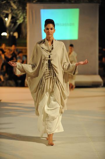 ''זה מפתיע אותי בכל פעם מחדש כשבוחרים בי להיות נציג של אופנה ישראלית'' (צילום: גדי דגון)