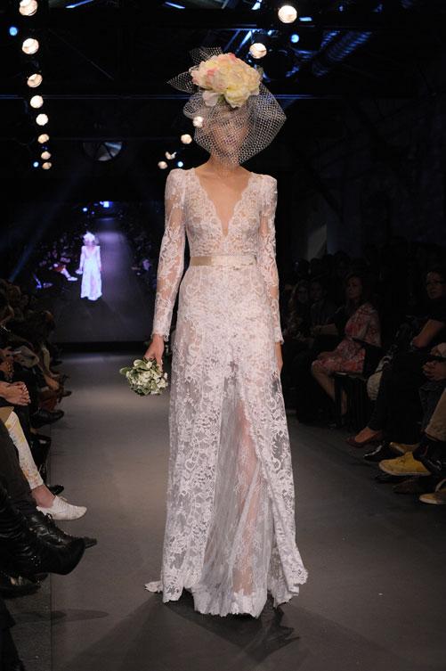 תצוגת שמלות הכלה של יאיר ג'רמון. בניית גזרות נכונה (צילום: ערן סלם)