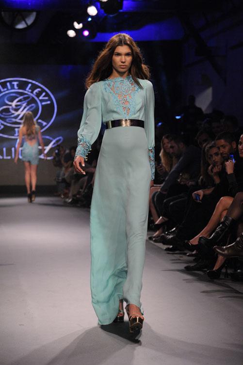 השמלה המושלמת. תצוגת האופנה של גלית לוי (צילום: ערן סלם)
