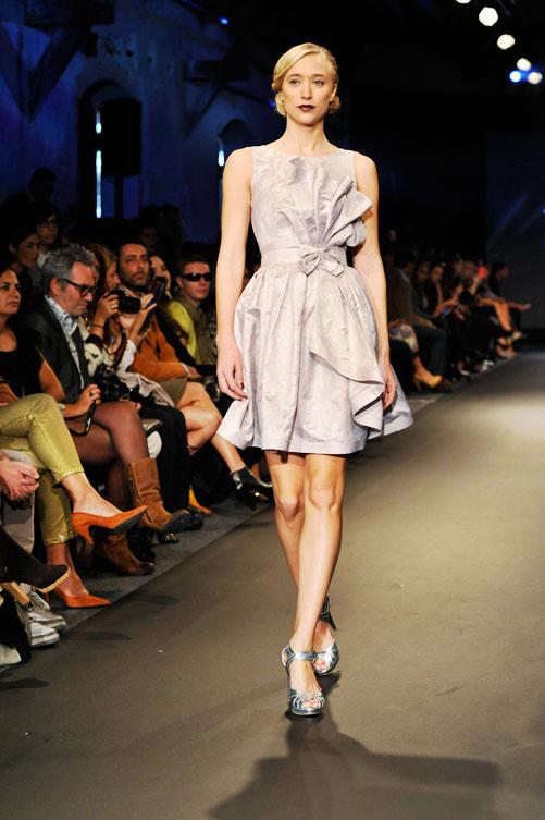 תצוגת האופנה של מורין וולף. צבעוניות עדינה ורכה (צילום: דודו אזולאי)