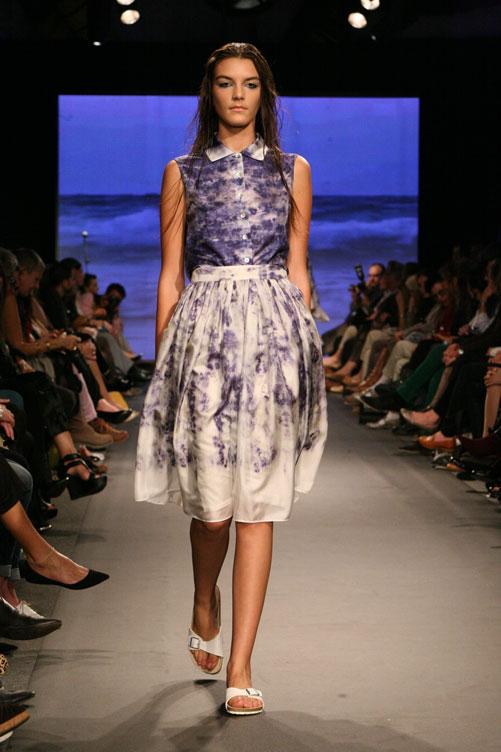 תצוגת האופנה של אילנה אפרתי. ניחוח מקומי (צילום: ענבל מרמרי)