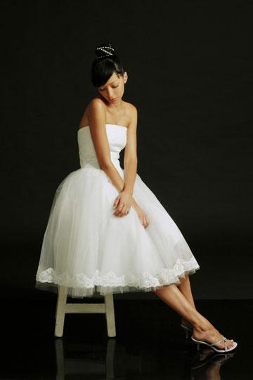 הילה גאון. מכירת שמלות כלה בהנחה