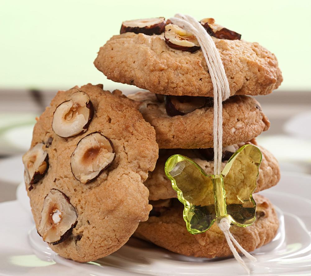 עוגיות קפה עם שוקולד לבן ואגוזים  (צילום: שחר פליישמן, סגנון: פסי ברניצקי)