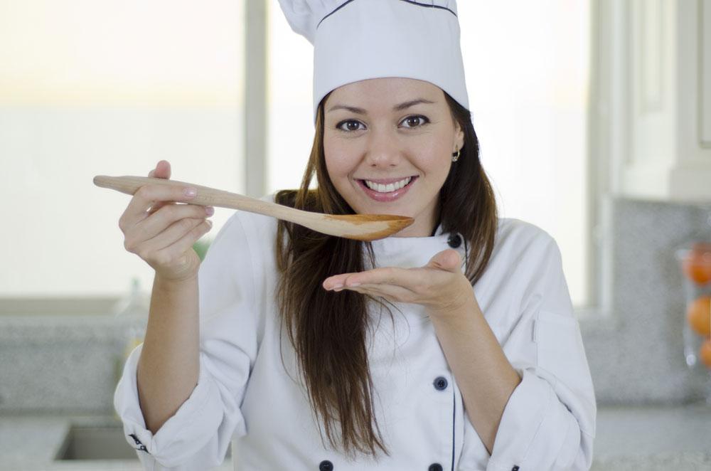 מרק יכול להוות ארוחה שלמה או לתפקד כמנת פתיחה, ולסייע בצמצום כמות הקלוריות היומיות (צילום: shutterstock)