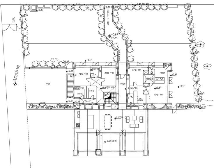 תוכנית הבית: שני אגפי שינה בחלק הקדמי, מסדרון כעורק ראשי ואגף ''ציבורי'' שפונה אחורה, אל המרחבים (באדיבות אדריכל שמואל גרוברמן)