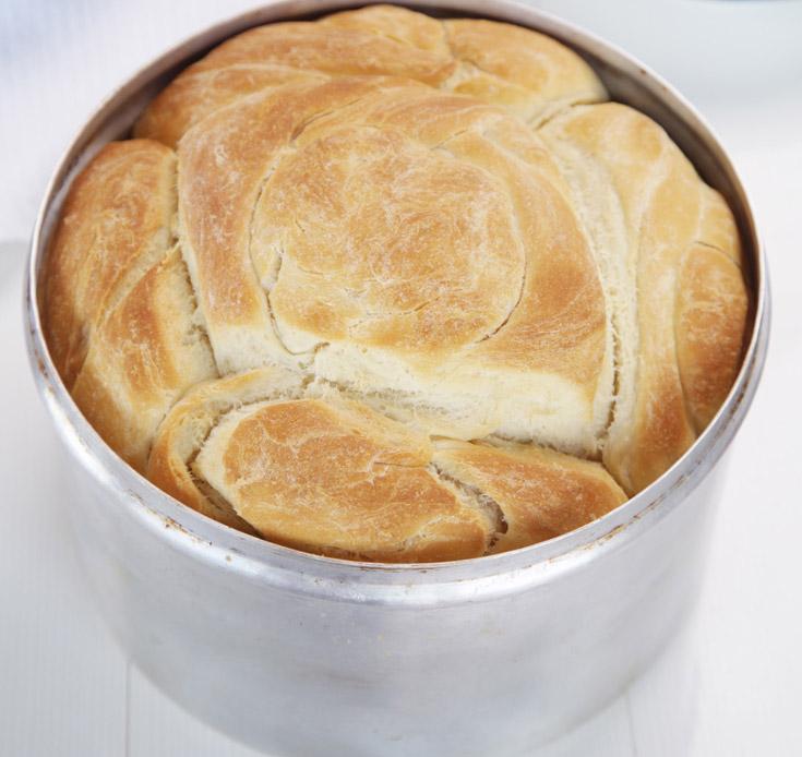 קובנה. מי שרוצה להשקיע, יכול להכין עם חמאה מעושנת (צילום: דניאל לילה, מתוך הספר ''עוד סיר לשבת'')