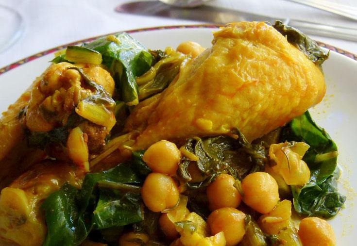 תבשיל עוף עם מנגולד וחומוס (צילום: מרילין איילון)