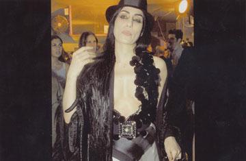רונית אלקבץ בשמלה של גדעון אוברזון (באדיבות בוטיק אוברזון)