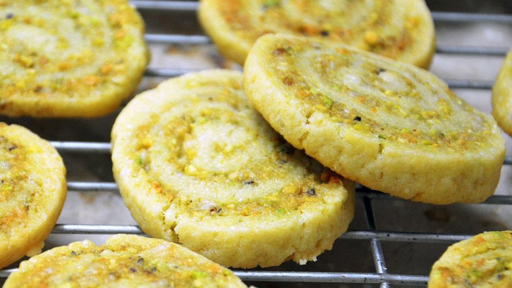 עוגיות פיסטוק ומרציפן (צילום: חני הראל)