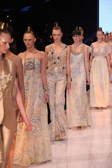 תצוגת האופנה של קארן וגדעון אוברזון בשבוע האופנה גינדי תל אביב, 2012 (צילום: ערן סלם)