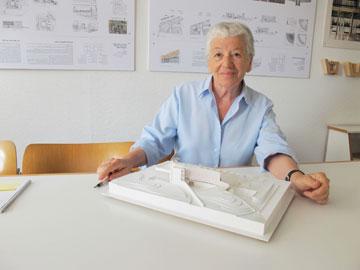 האדריכלית עדה כרמי-מלמד (צילום: מיכאל יעקובסון)