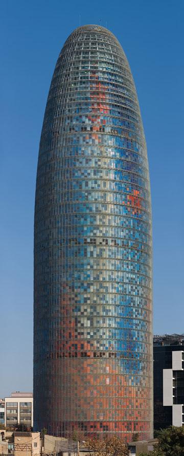 טורה אגבר, ברצלונה (צילום: Diliff, cc)