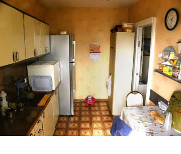 ''לפני'': מטבח ומרפסת שירות
