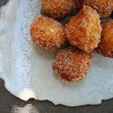 במקום למלא בנוטלה אפשר לצפות בסוכר וקינמון (צילום: סיון שטרנבך)