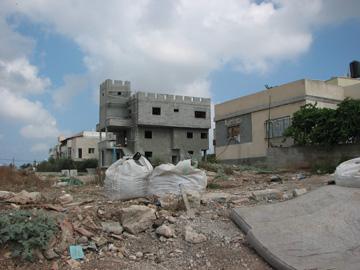 ג'דידה-מכר, היישוב השכן. אוכלוסייה חזקה עשויה לברוח ממנו, כמו שקרה בבאר שבע (צילום: מיכאל יעקובסון)