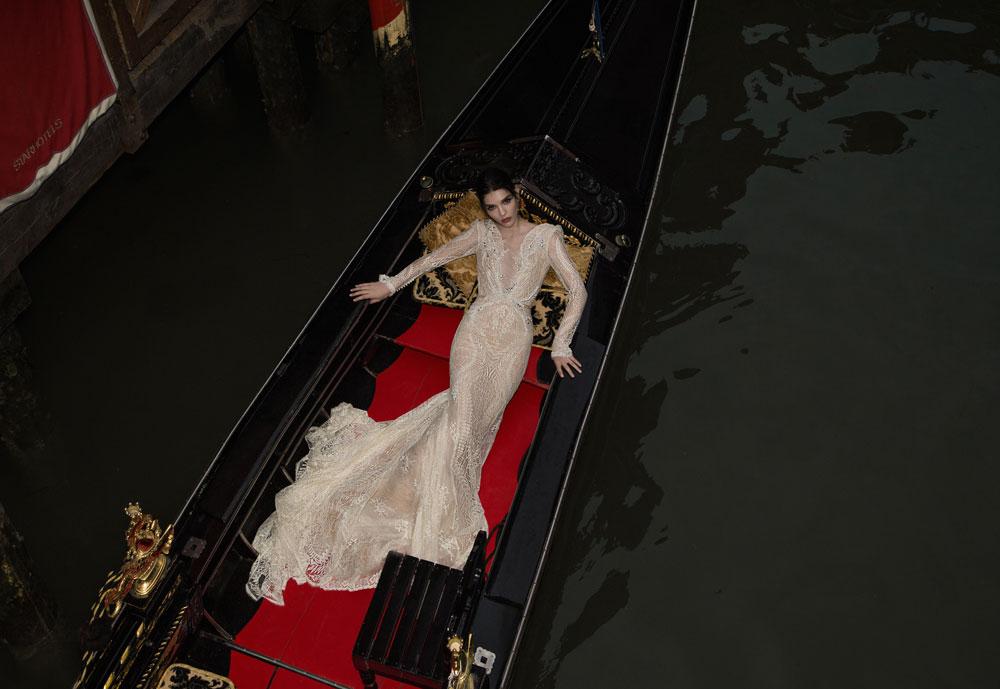 """""""כל מי שמתחתנת ורוצה שמלת כלה - מהמרכז, מהפריפריה, אשכנזיות, מזרחיות, צעירות, מבוגרות - כולן מתקבלות אצלי בברכה"""". עיצוב של ענבל דרור (צילום: יניב אדרי)"""