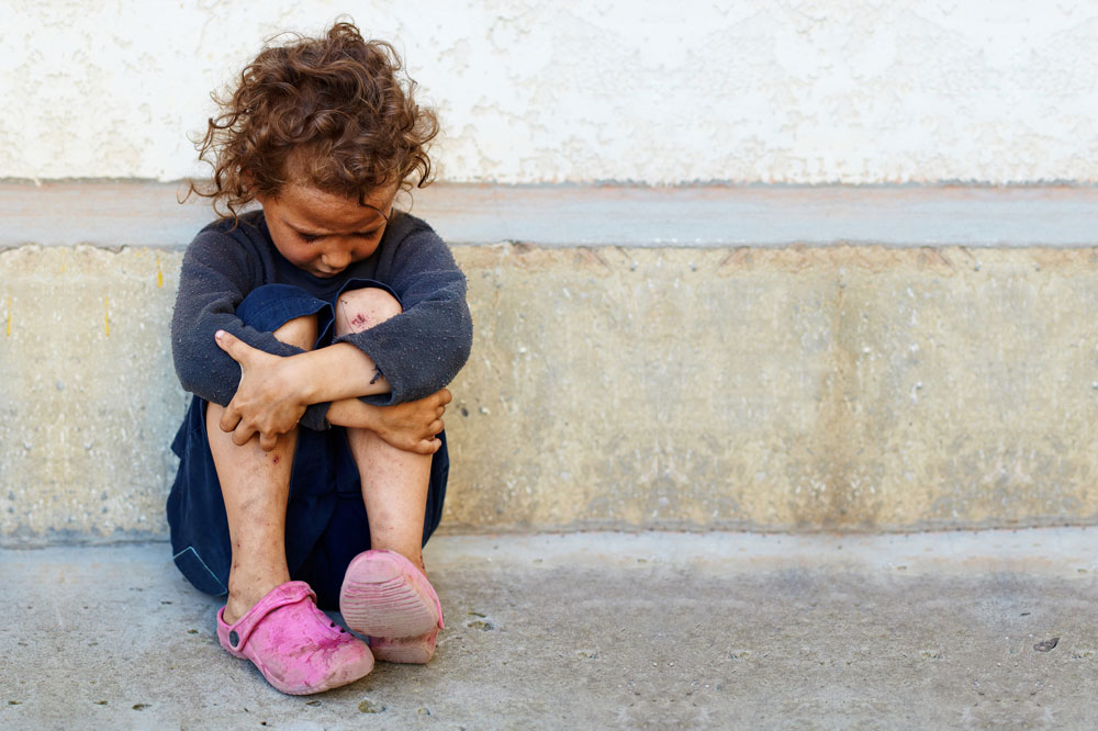 """""""ללדת ילד אל עולם כזה זו התעללות בילדים"""", גבריאל ויינמן. צילום אילוסטרציה (צילום: shutterstock)"""