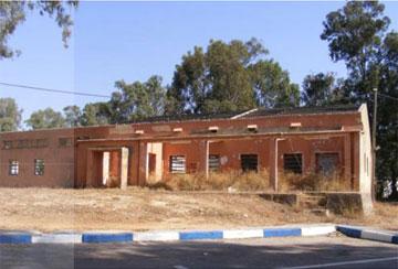 מבנה נטוש במחנה (צילום: אדר' ליבנה שואף-רונן)