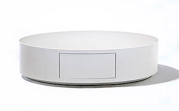 שולחן סלוני של ''כחל'', ביריד העודפים