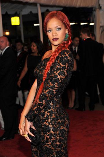 ריהאנה. עוד לקוחה מרוצה של המעצב (צילום: gettyimages)