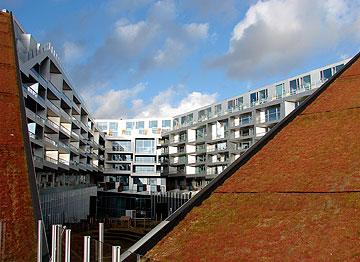 8 בתכנון BIG. ''כל מה שחשוב ונכון בארכיטקטורה'' (צילום: Orf3us, cc)