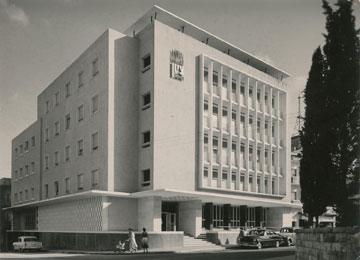 מלון ציון, חיפה, 1945. המפואר ביותר בשעתו (עיבוד תמונה: אבי חי)