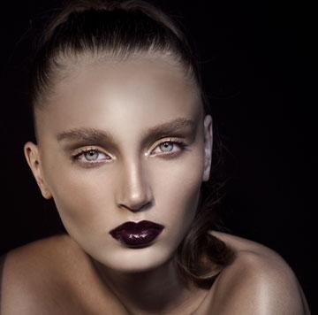עור חיוור ושפתיים דרמטיות (צילום: זוהר שטרית)