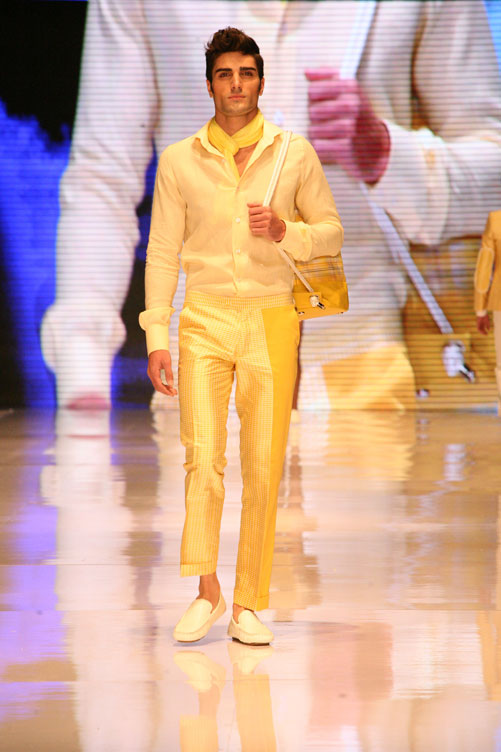 תצוגת בגדי הגברים של שי שלום (צילום: ענבל מרמרי)