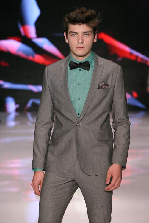 בגדים שגברים לובשים. תצוגת האופנה של דיויד ששון (צילום: ענבל מרמרי )