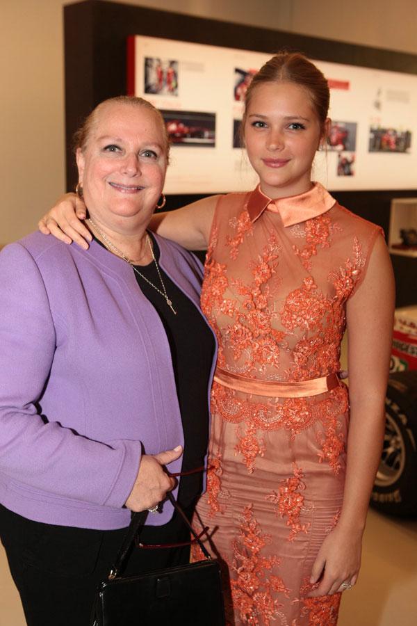 אסתי גינזבורג ואמה אדריאן שחיה בארצות הברית והגיעה לביקור (צילום: מושיקו אם-די סטוריו)