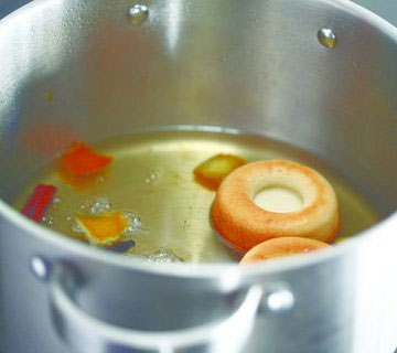 הטריק: מבשלים את הסברינות בסירופ (צילום: אפיק גבאי)