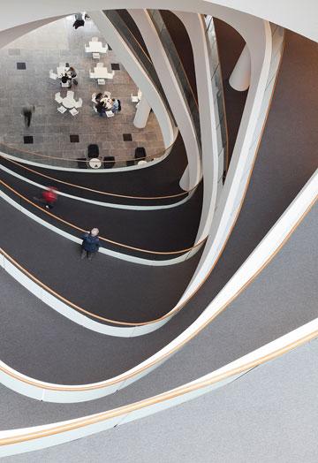 הספרייה החדשה באוניברסיטת אברדין, בתכנון Schmidt Hammer Lassen  (צילום: schmidt hammer lassen architects)