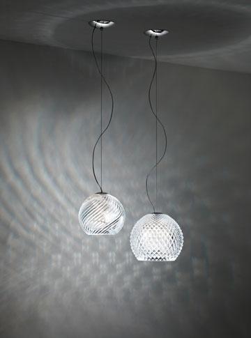 מנורת קריסטל ב-1,655 במקום 5,516 שקלים ב''אקסקלוסיב'' (באדיבות: אקסקלוסיב תאורה וריהוט)