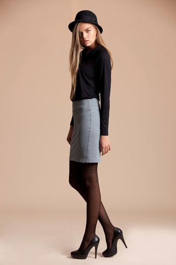 חצאית של S.Wear. בין מחויט לקז'ואל (צילום: יריב פיין וגיא כושי)