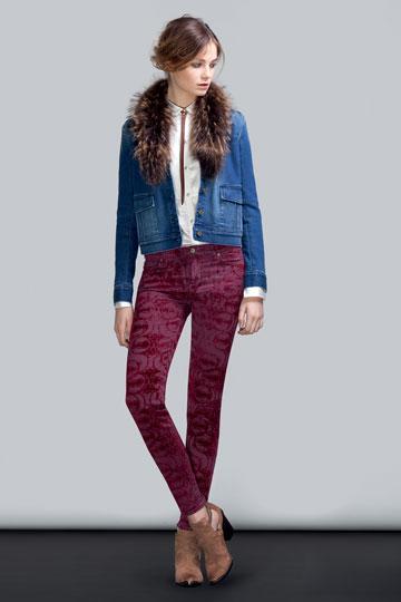 נראה כמו ג'ינס, מרגיש כמו קטיפה. 7for all mankind  (צילום: סקוט רינגלר)