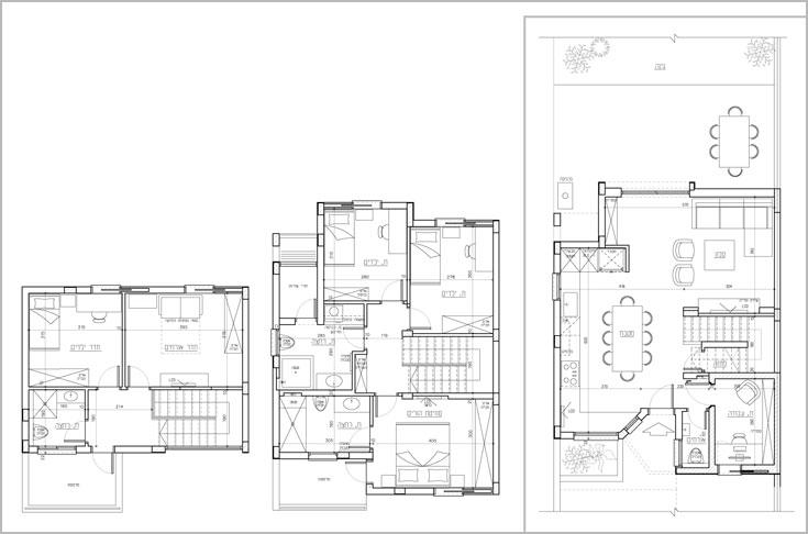 מימין: קומת הכניסה - 55 מ''ר למטבח, סלון, חדר עבודה ושירותי אורחים. במרכז: הקומה הראשונה - 50 מ''ר לשלושה חדרי שינה ושני חדרי רחצה. משמאל: קומת הגג - 30 מ''ר שבהם שני חדרים וחדר רחצה נוסף (תכנית: ענת סודרי ואביב חרמוני)