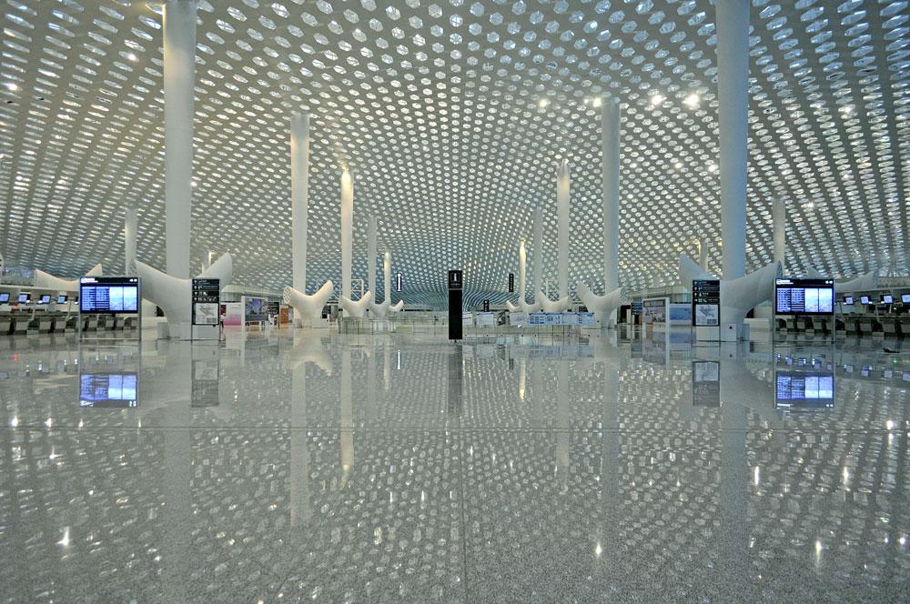 מהאדריכלים של מרכז פרס לשלום ביפו, בני הזוג פוקסאס, מגיע שדה התעופה החדש של שנז'ן, סין. ההשראה, הם מסבירים, היא מנטה ריי (צילום: Archivio Fuksas)